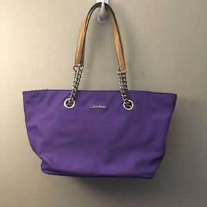 Calvin Klein new without tags purple hand bag